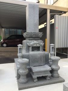 弊社展示場の中国白みかげ石